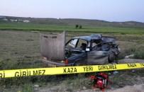 Uşak'ta Trafik Kazası Açıklaması 1 Ölü, 2 Yaralı