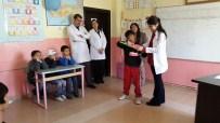 Yenifakılı'da Öğrencilere Diş Taraması