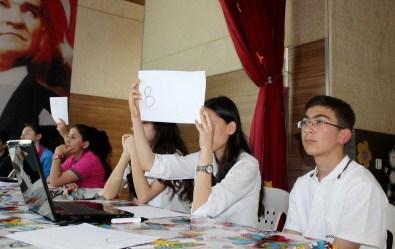 Kumluca'da 'Avrupa Birliği'ni Tanıyalım' Bilgi Yarışması Yapıldı