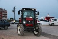 Kavak Yüklü Kamyon Traktöre Çarptı Açıklaması 1 Ölü, 3 Yaralı