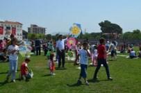 19 Mayıs'ta Semayı Uçurtmalar Renklendirdi