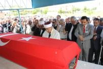 Eski Milletvekili Aksoy'un Cenazesi, Kırşehir'de Toprağa Verildi
