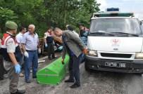 Balıkesir'de Traktör İle Tanker Çarpıştı Açıklaması 3 Ölü, 1 Yaralı
