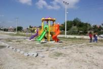KARASENIR - Burdur'daki Parklara 30 Oyun Grubu Konuldu