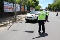 """Diyarbakır'da Küçük 'Şahin Polisler"""" Sürücüleri Durdurarak Uyardı"""