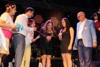 KİBARİYE - Kibariye Festivalde Genç Çifti Nişanladı