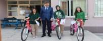 Seben Belediyesi Okullarını Başarıyla Bitiren Öğrencilere Bisiklet Hediye Etti