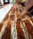 SÜRÜCÜ EHLİYETİ - 'En Uzun Börek Yeme Yarışması'
