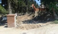 Gömeç'te Mezarlık Yolu Yapımı Başladı