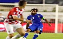 GAMALı HAÇ - Hırvatistan - İtalya Maçına Damga Vurdu