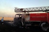 BABET - Şırnak'ta Yangına Müdahale Eden İtfaiye Arazözü Yandı