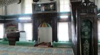 Tarihi Camiye Minare Yapılacak