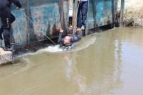 GÜMÜLCELI - 19 Yaşındaki Genç Sulama Kanalına Atladı