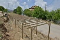 FESLIKAN - Konyaaltı'nda Yayla Yolu Üzerinde Pazar Stantları