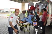 İSMAIL YıLDıRıM - Manisa'da İşçilerin Üzerine Yıldırım Düştü Açıklaması 1 Ölü