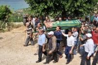AYŞE ŞAHİN - Ermenek'te Öldürülen Beş Kişi Toprağa Verildi