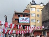Gürgentepe'de İlginç Pankart
