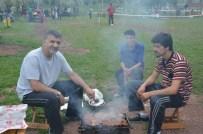 İSMAIL YıLDıRıM - Oyunu Kullanan Vatandaşlar Pikniğe Koştu