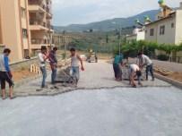 DAVUTLAR - Davutlar'da Yol Yapımı Ve Kaldırım Çalışmaları