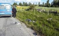 DÖĞER - Afyonkarahisar'da Trafik Kazası Açıklaması 1'İ Ağır 2 Yaralı