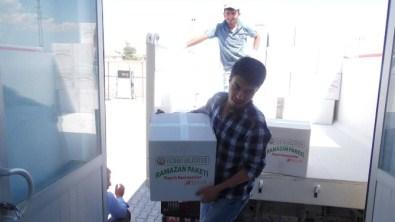 Yazıhan Belediyesi'nden 400 Aileye Gıda Yardımı