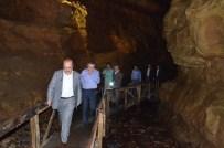 Başkan Gümrükçüoğlu, Çal Mağarasında İncelemelerde Bulundu