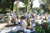MERSIN - Bodrum Mezarlıklarında Bayram Yoğunluğu