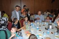 MAHMUT ÇELIKCAN - Başkan Çelikcan, Gazi Ve Şehit Ailelerine İftar Verdi