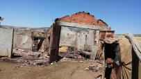 Kırıkkale'de Ahır Ve Samanlık Yangını