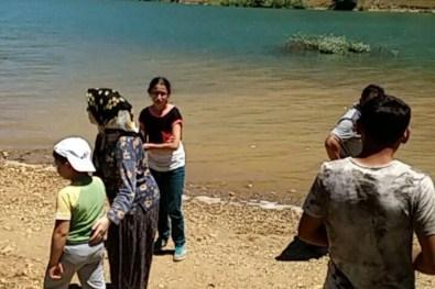 Konya'da Gölete Giren 3 Kişi Kayboldu