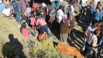 KORUALAN - Konya'da Tarım Aracı Devrildi Açıklaması 1 Ölü, 16 Yaralı