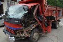 Trabzon'da Trafik Kazası Açıklaması 2 Yaralı