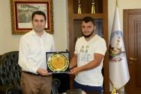 HÜSEYIN KALAYCı - Kırkpınar'da Derece Yapan Güreşçiye Ödül