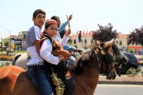 ROMAN VATANDAŞLAR - Mehteran Takımı Eşliğinde Sünnet Geleneği