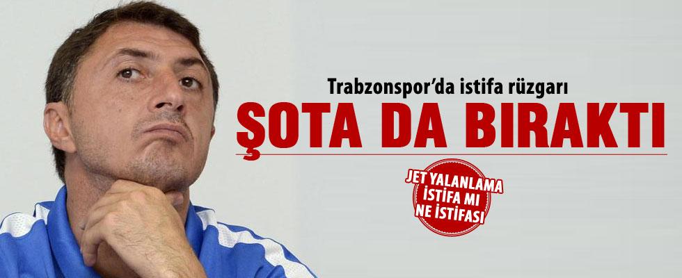 Şota Arveladze istifa etti