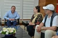 BELKIS AKKALE - Belkıs Akkale Ve İzzet Altınmeşe'den Başkan Böcek'e Ziyaret