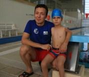 ENGELLİ YÜZÜCÜ - Kolları Olmayan Çocuk 3 Haftada Yüzme Öğrendi