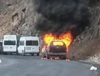 PKK'lılar araçları ateşe verdi