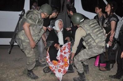 Ankara-İran treninde bomba paniği