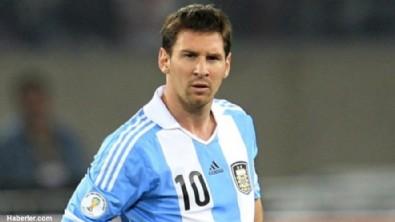 Messi: Çok acıttı!