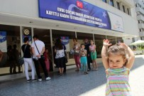 ÇOCUK BAKICISI - (Özel) Annelerin Yüzü Güldü, Evde Çocuk Bakımı Başladı