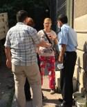 ADEM ARSLAN - İzmir'de Sokak Hayvanlarının Beslendiği Eve Tepki Gösterilmesi