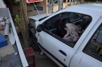 MEHMET BAYRAKTAR - Karaman'da Trafik Kazaları 4 Yaralı