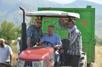 YAYLABAŞı - Vali Kahraman Hasat Çalışmalarını Yakından İnceleyerek Traktör Kullandı