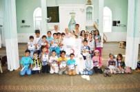 YAZ KURAN KURSU - Kızılay'dan, Kuran Kursu Öğrencilerine Kıyafet Yardımı