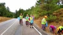 Orman İşçilerinden Çevre Temizliği