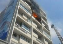 TÜP PATLAMASI - İstanbul'da Hukuk Bürosunda Patlama