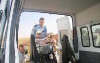 TRAKYA ÜNIVERSITESI - Polisten Hasta Ve Yaşlı Adama Yardım Eli