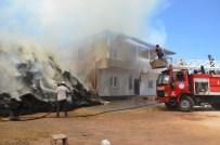 GÜMÜŞSU - Belediye Başkanı Ahır Yangınına Müdahale Etti