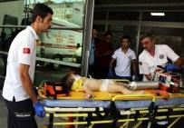 BARIŞ MANÇO - Üzerine Televizyon Düşen Çocuk Ağır Yaralandı